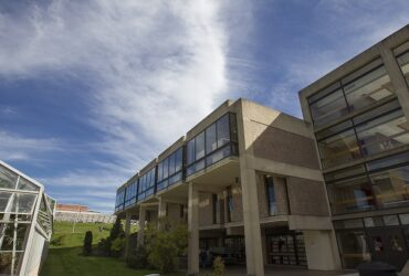 External picture of the Science Library during the day